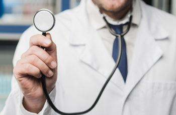 Atestado médico falso: como identificar e quais providências tomar?